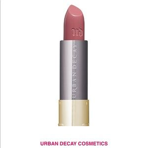 🎀Brand New UD Vice Lipstick in Sheer Liar🎀